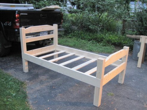 how to make a twin bed